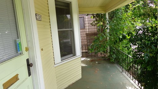 1 Bedroom 1 Bathroom Apartment for rent at 2305 SE Hawthorne Bl - B in Portland, OR