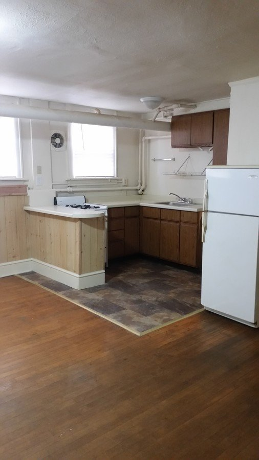 1 Bedroom 1 Bathroom Apartment for rent at 103-107 N Randall Ave in Madison, WI