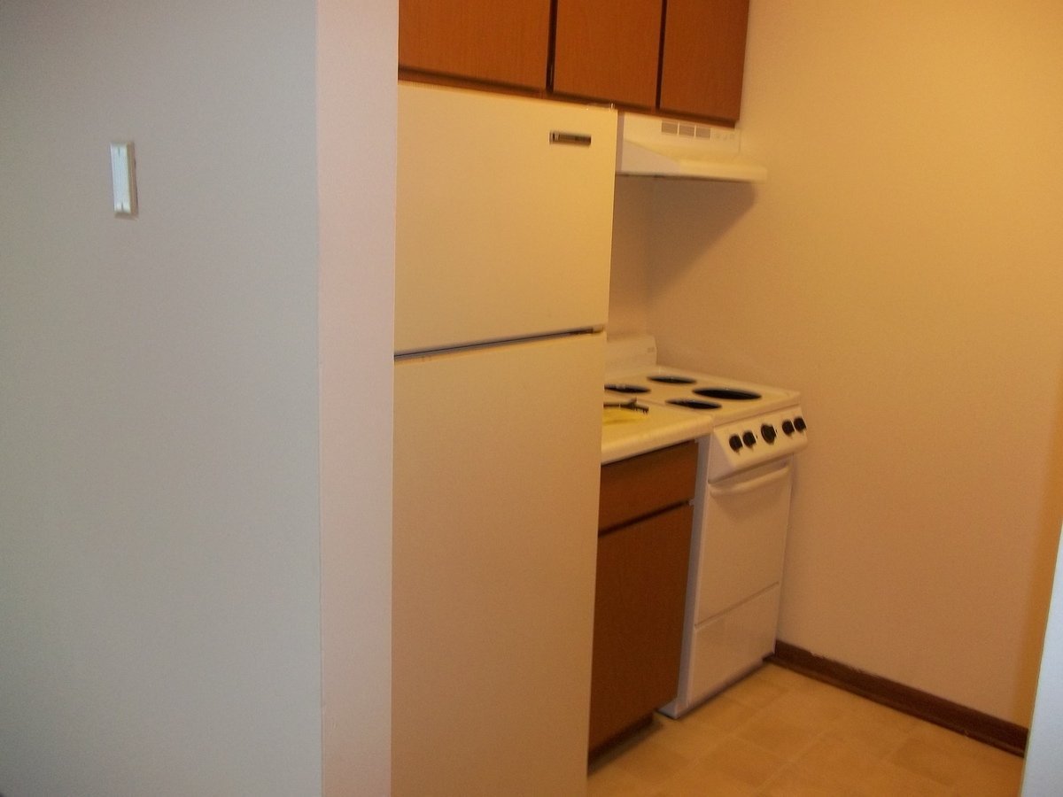 2 Bedrooms 1 Bathroom Apartment for rent at 1713-1723 Onsgard Road in Madison, WI