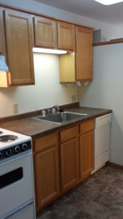 Studio 1 Bathroom Apartment for rent at 404 E Wilson St in Madison, WI