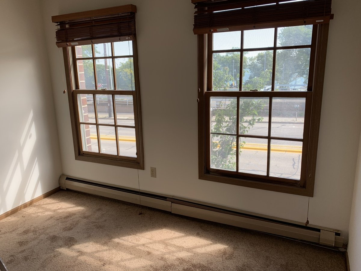 2 Bedrooms 1 Bathroom Apartment for rent at 404 E Wilson St in Madison, WI