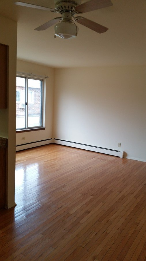 2 Bedrooms 1 Bathroom Apartment for rent at 1725 Onsgard Rd in Madison, WI
