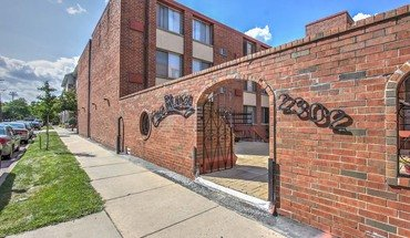 Casa Blanca Apartment for rent in Madison, WI