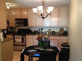 1 Bedroom 1 Bathroom Apartment for rent at 1770 Bryant Ave South in Minneapolis, MN