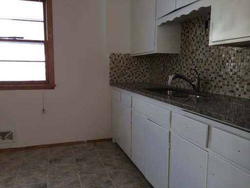 5 Bedrooms 2 Bathrooms Apartment for rent at 1807 Talmage Ave Se in Minneapolis, MN