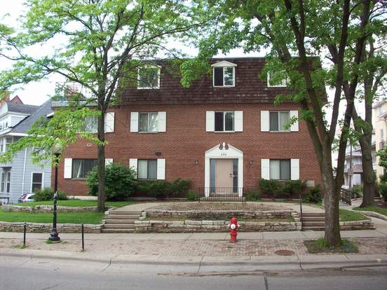 3 Bedrooms 2 Bathrooms Apartment for rent at 240 Langdon St in Madison, WI