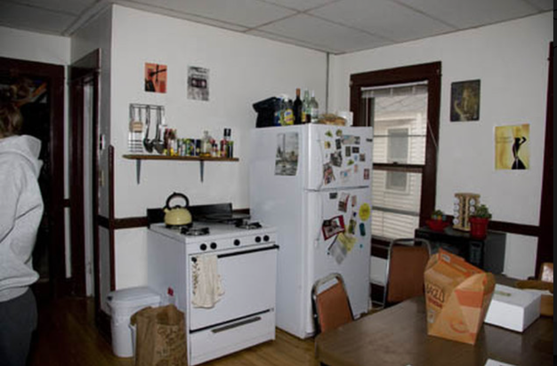 3 Bedrooms 1 Bathroom Apartment for rent at 118 N Bassett St in Madison, WI