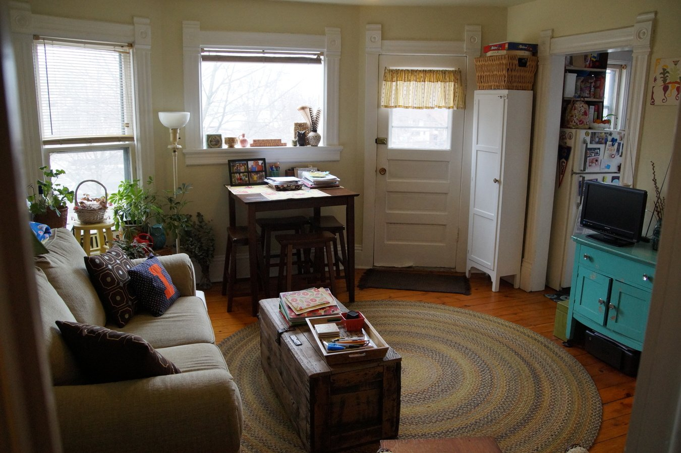 2 Bedrooms 1 Bathroom Apartment for rent at 947 E Gorham in Madison, WI