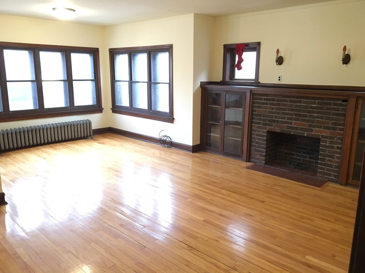 2 Bedrooms 1 Bathroom Apartment for rent at 10 E Gorham St in Madison, WI