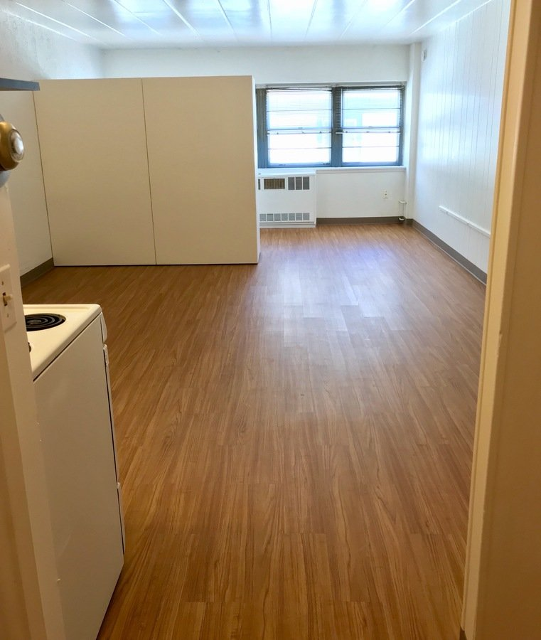 Studio 1 Bathroom Apartment for rent at Campus Square in Madison, WI