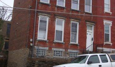 Similar Apartment at 122 W Nixon St.