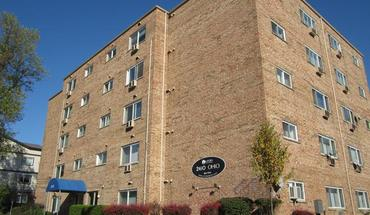 Similar Apartment at 2410 Ohio