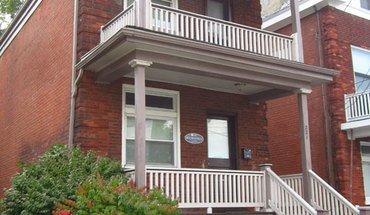 Similar Apartment at 221 E Rochelle