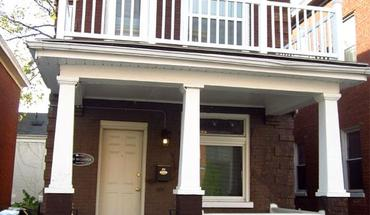 Similar Apartment at 2921 Bellevue