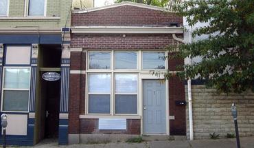 Similar Apartment at 7 E University