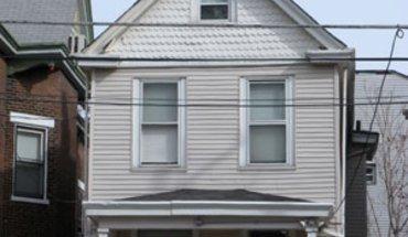 Similar Apartment at 2802 Jefferson