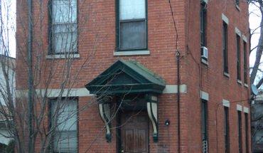 Similar Apartment at 2918 Euclid