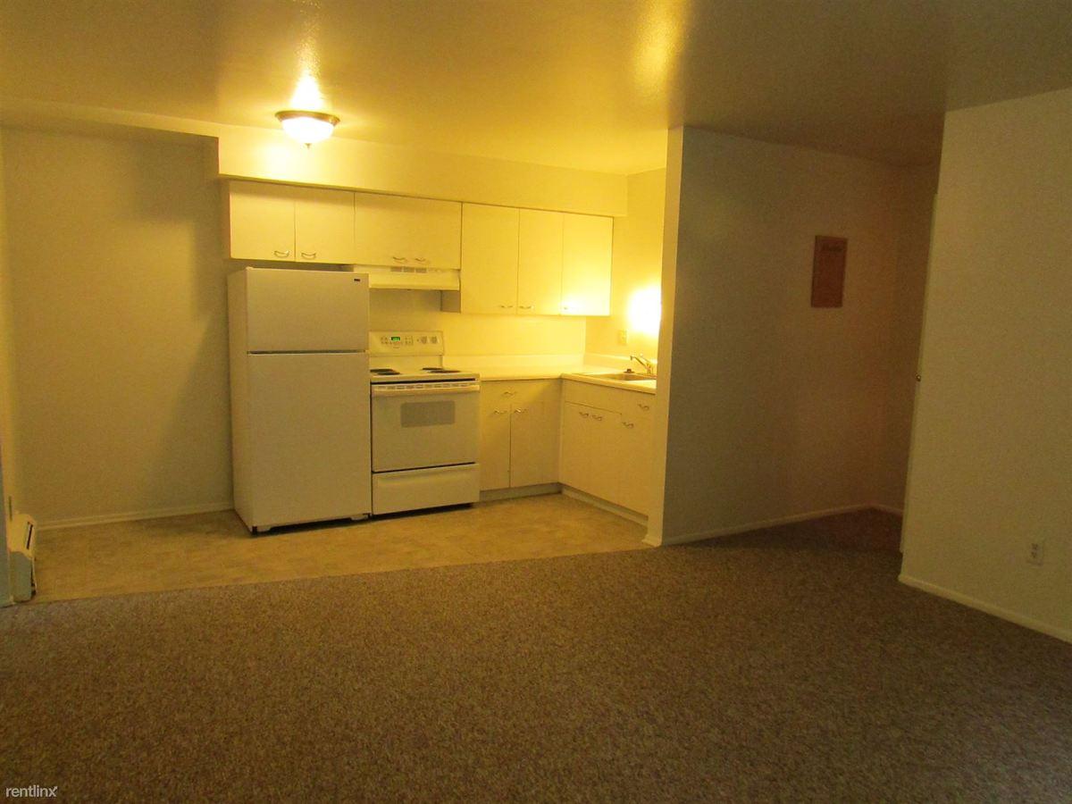 1 Bedroom 1 Bathroom Apartment for rent at Arbor Hills Apartments in Ann Arbor, MI