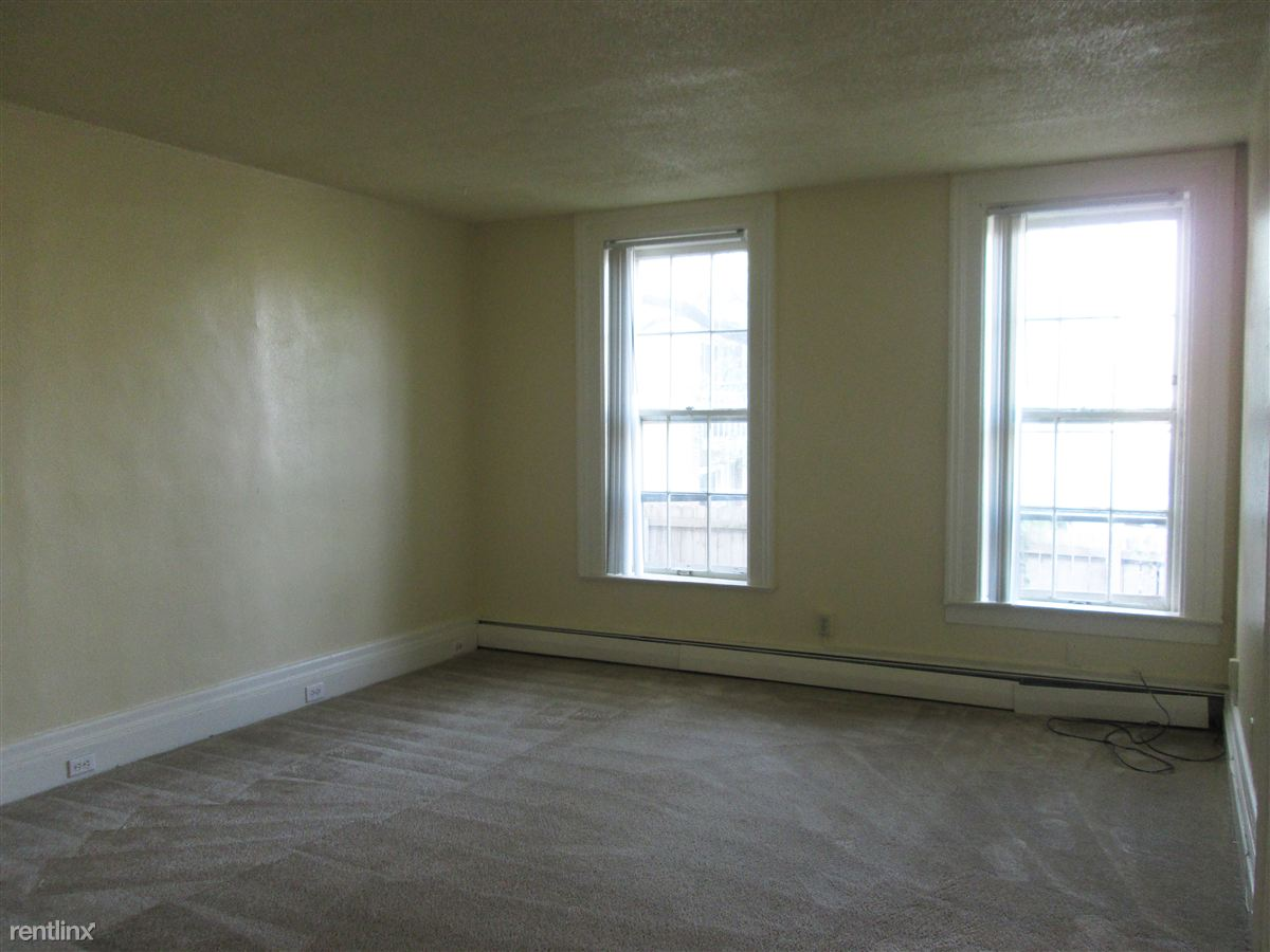 1 Bedroom 1 Bathroom Apartment for rent at 324 W. Forest in Ypsilanti, MI