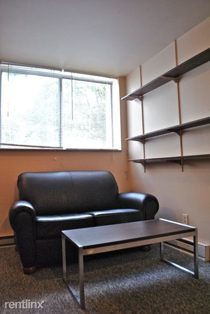 1 Bedroom 1 Bathroom Apartment for rent at 731 Packard St in Ann Arbor, MI