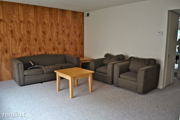2 Bedrooms 1 Bathroom Apartment for rent at 425 Hill in Ann Arbor, MI
