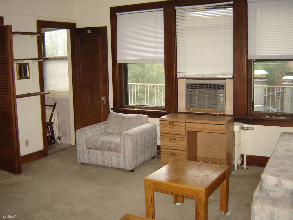 Studio 1 Bathroom Apartment for rent at 630 Packard in Ann Arbor, MI