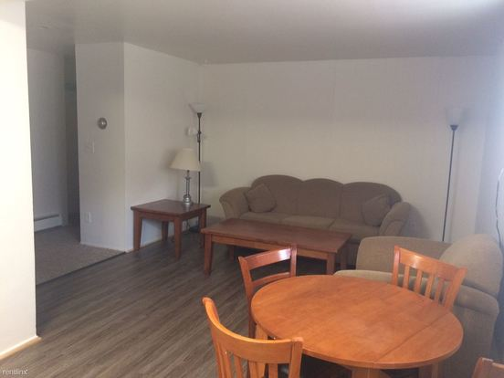 2 Bedrooms 1 Bathroom Apartment for rent at 1009 Church St in Ann Arbor, MI