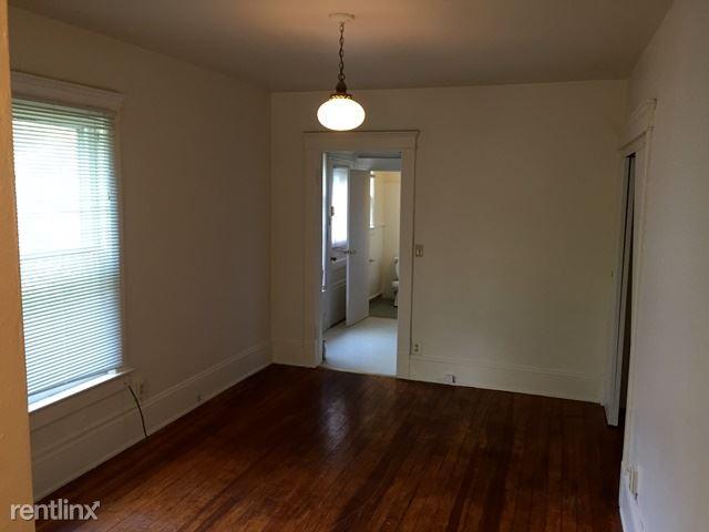 Studio 1 Bathroom Apartment for rent at 210 N. State in Ann Arbor, MI