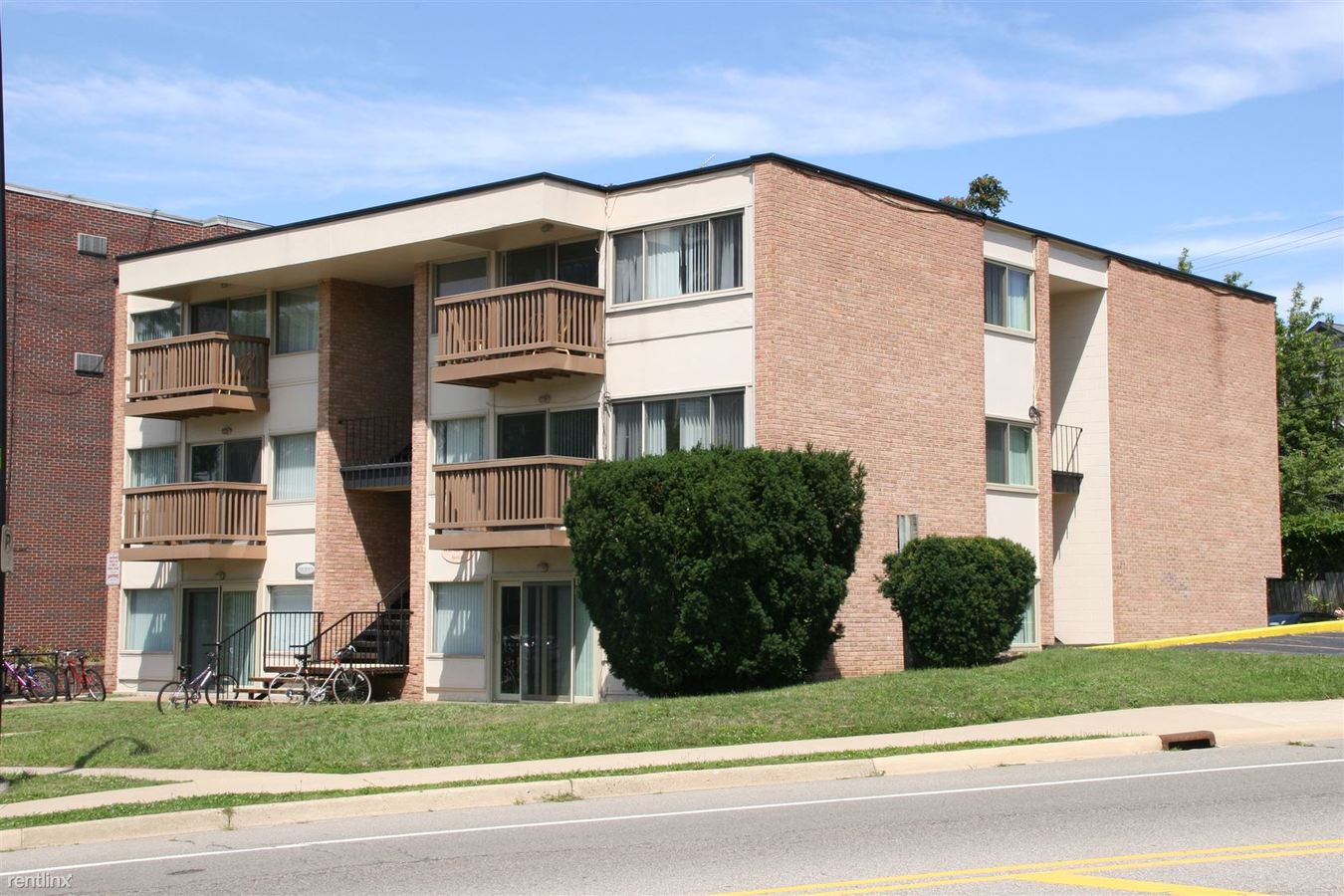 1 Bedroom 1 Bathroom Apartment for rent at 1337 Wilmot in Ann Arbor, MI