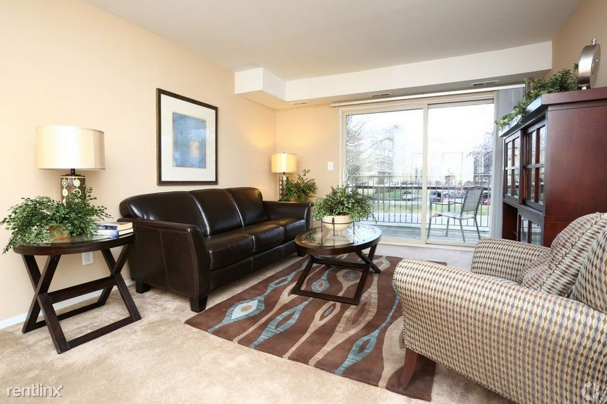 2 Bedrooms 1 Bathroom Apartment for rent at Brookdale Apartments in South Lyon, MI