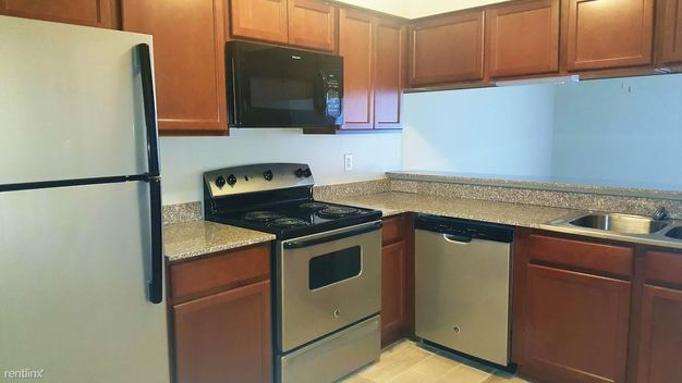 1 Bedroom 1 Bathroom House for rent at Cedar Lake Apartments And Townhomes in Northville, MI