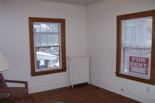 2 Bedrooms 1 Bathroom Apartment for rent at 736 S Forest Ave in Ann Arbor, MI