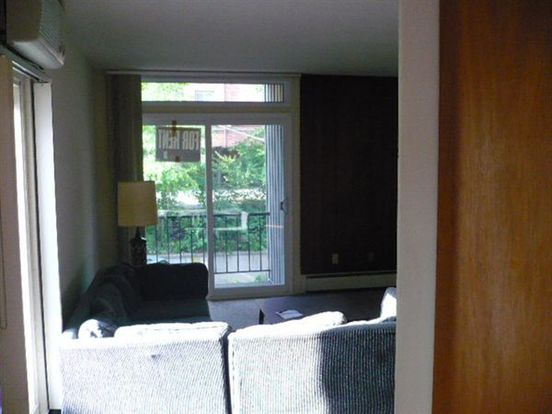 2 Bedrooms 1 Bathroom Apartment for rent at 1317 Wilmot St in Ann Arbor, MI