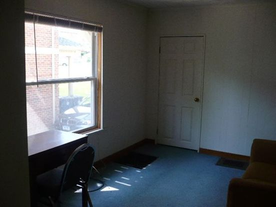Studio 1 Bathroom Apartment for rent at 1352 Wilmot Ct in Ann Arbor, MI