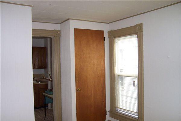 Studio 1 Bathroom Apartment for rent at 306 Thompson St in Ann Arbor, MI