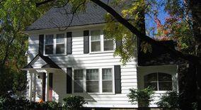 Similar Apartment at 1202 E University Ave