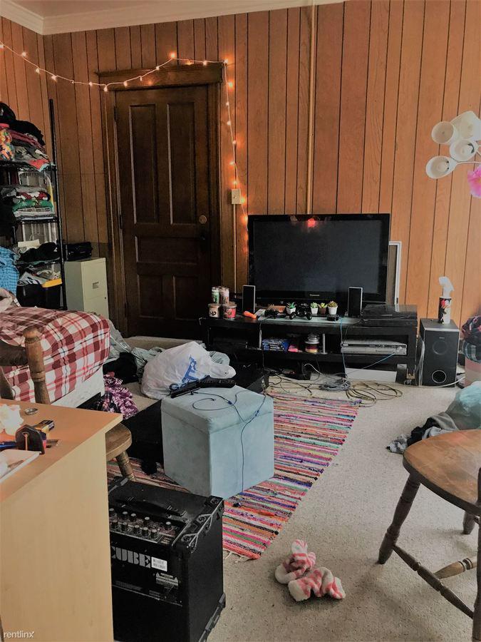 Studio 1 Bathroom Apartment for rent at 413 W Forest Ave in Ypsilanti, MI