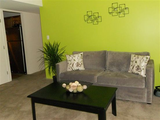 3 Bedrooms 2 Bathrooms Apartment for rent at Pavilion Apartments in St Louis, MO