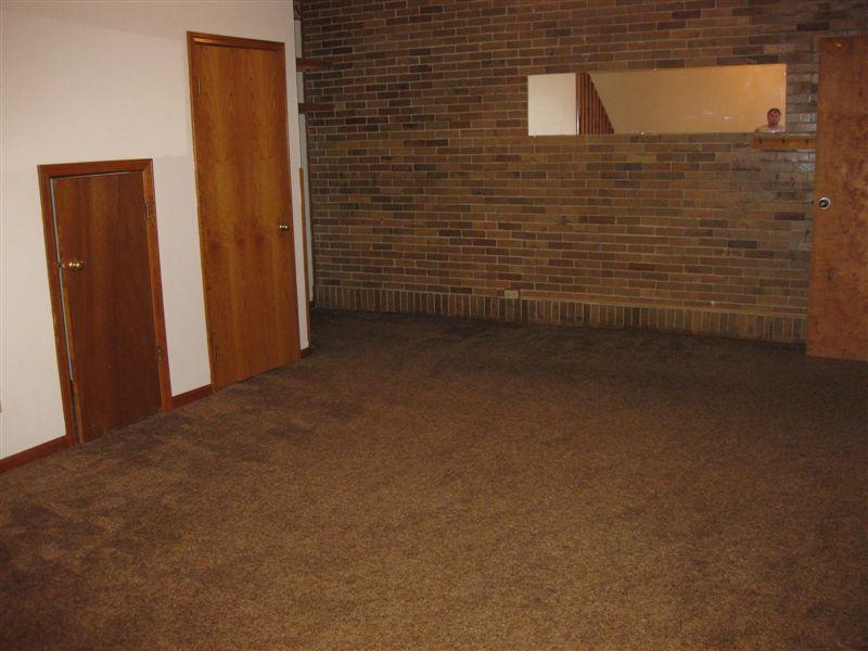 2 Bedrooms 1 Bathroom Apartment for rent at Old School Village Apartments in Eaton Rapids, MI