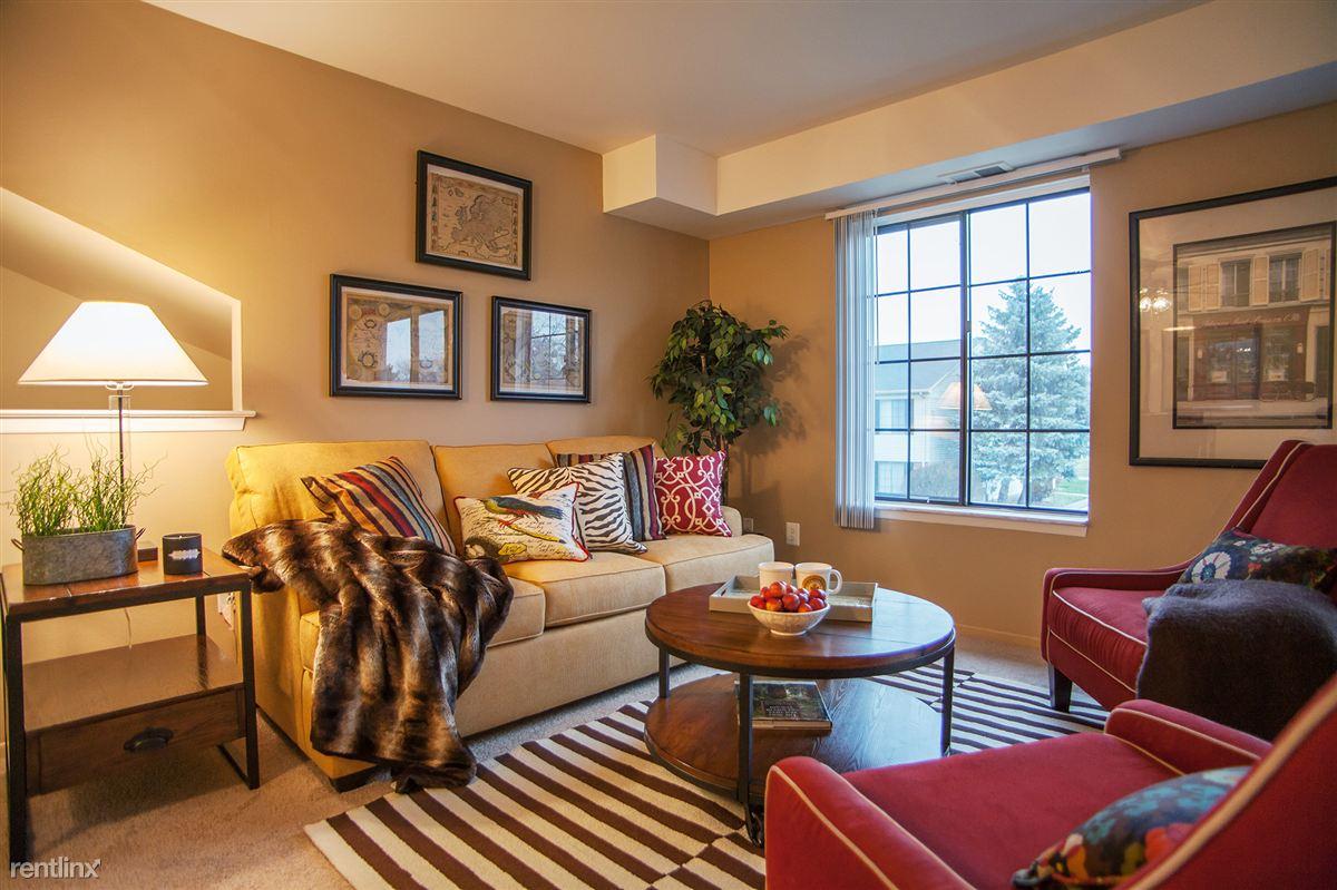 2 Bedrooms 1 Bathroom Apartment for rent at Bainbridge Park Apartments in Canton, MI