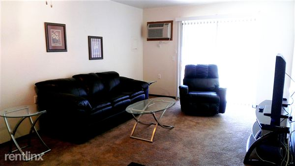 2 Bedrooms 1 Bathroom Apartment for rent at Portland Apartments in Portland, MI