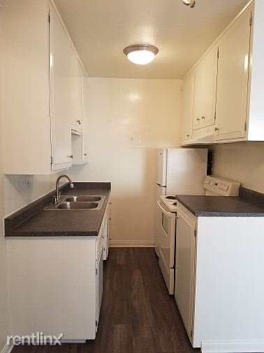 1 Bedroom 1 Bathroom Apartment for rent at Franklin House Apartments in Pasadena, CA