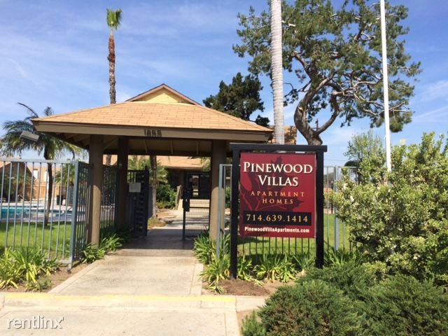 2 Bedrooms 1 Bathroom Apartment for rent at Pinewood Villas Apartments in Orange, CA