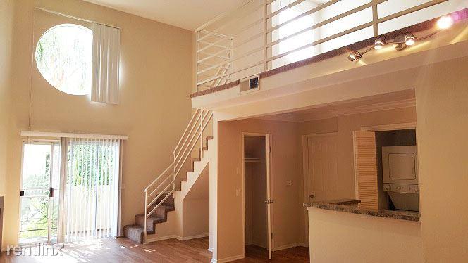 1 Bedroom 1 Bathroom Apartment for rent at Brighton Vista Apartments in Burbank, CA