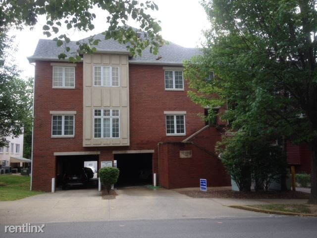 2 Bedrooms 2 Bathrooms House for rent at The Gables in Bloomington, IN