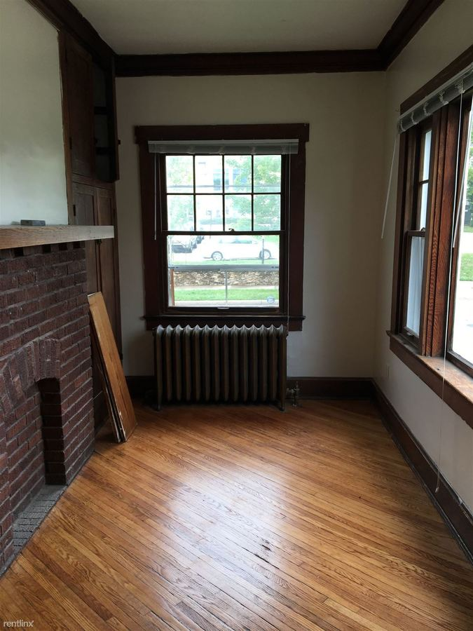 4 Bedrooms 1 Bathroom House for rent at Atwater Row in Bloomington, IN