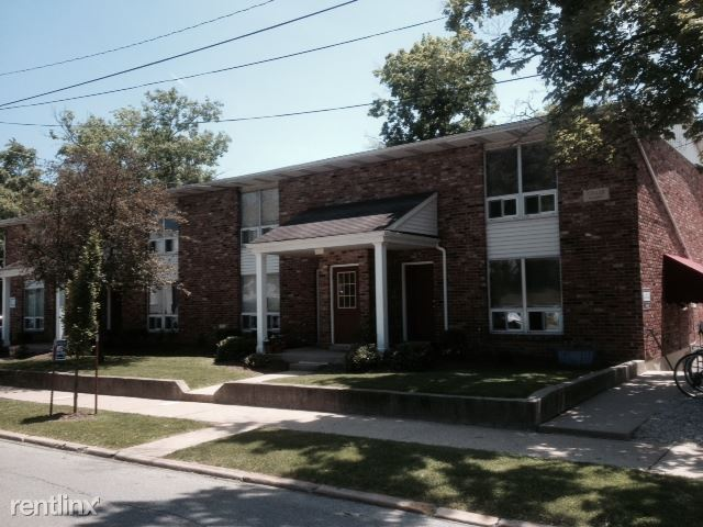 3 Bedrooms 1 Bathroom Apartment for rent at Woodlawn Terrace in Bloomington, IN