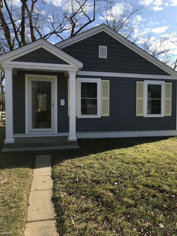 2 Bedrooms 1 Bathroom House for rent at 106 N Jefferson St in Bloomington, IN