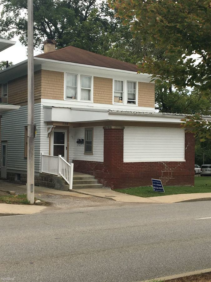 Studio 2 Bathrooms House for rent at Atwater Row in Bloomington, IN