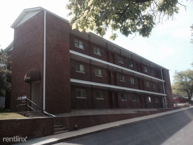 1 Bedroom 1 Bathroom Apartment for rent at Bellevue 1 in Bloomington, IN